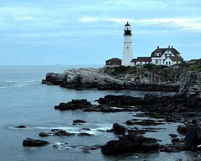 Photograph - Fort Williams Lighthouse Cape Elizabeth Me by Toby McGuire