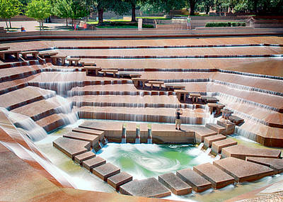 Photograph - Fort Worth Water Garden V7 by Rospotte Photography