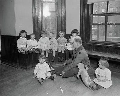 1910-1940 Photograph - Foundling Hospital by Granger