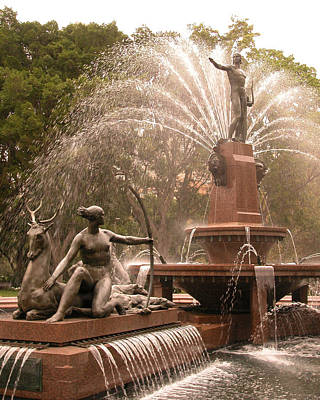 Photograph - Fountain by Aileen Mayer