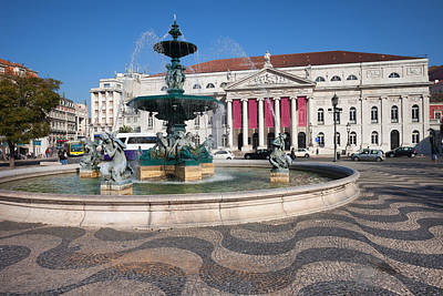 Fountain And Theater On Rossio Square In Lisbon Art Print by Artur Bogacki