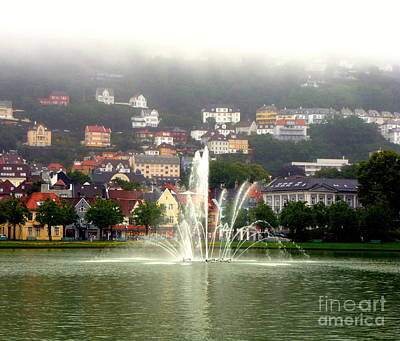 Photograph - Fountain At Bergen by John Potts