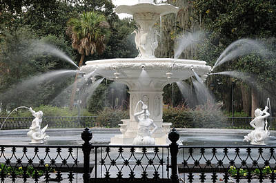 Photograph - Fountain At Forsyth Park Savannah by Bradford Martin