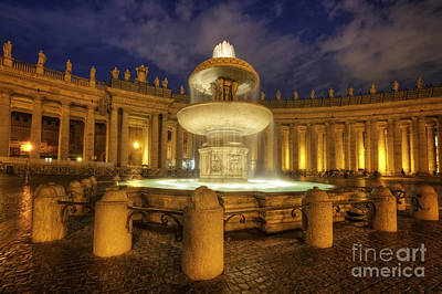 Photograph - Fountain At St Peter's Square by Yhun Suarez