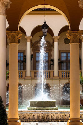 Photograph - Fountain At The Biltmore by Ed Gleichman