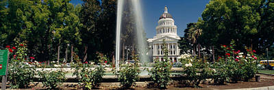 State Capitol Photograph - Fountain In A Garden In Front by Panoramic Images
