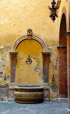 Fountain In Sienna Art Print