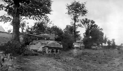Four U.s. Sherman Tanks Hiding Art Print by Everett