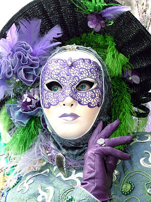 Giuseppe Cristiano - Francines Purple Glove by Donna Corless