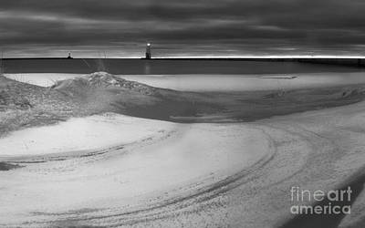 Snow Fall Photograph - Frankfort Winter Black And White by Twenty Two North Photography