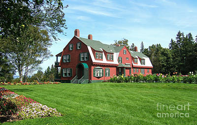 Maine Cottage Photograph - Franklin D. Roosevelts Beloved Island Campobello by Edward Fielding