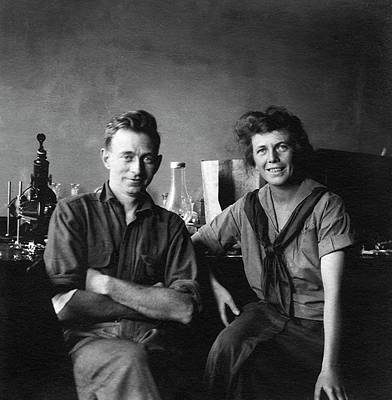 Heredity Photograph - Franz Schrader And Sally Hughes-schrader by American Philosophical Society