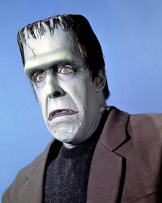 Fred Photograph - Fred Gwynne In The Munsters by Silver Screen