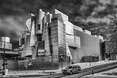 Photograph - Frederick R Weisman Art Museum by Tom Gort