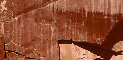 Photograph - Fremont Culture Petroglyphs In Utah by Jean Clark