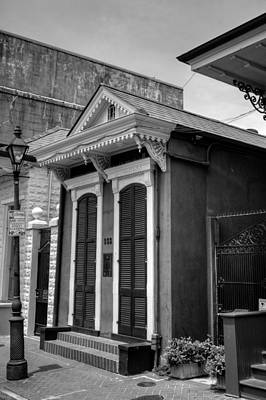 Photograph - French Quarter Shotgun In Black And White by Chrystal Mimbs