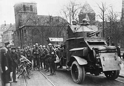 French Man-of-war Photograph - French Soldiers Occupy Essen by Underwood Archives
