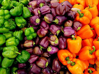 Photograph - Fresh Colorful Bell Peppers by Jeff Lowe