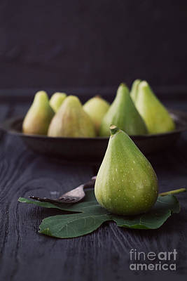 Blue Fig Photograph - Fresh Figs by Mythja  Photography