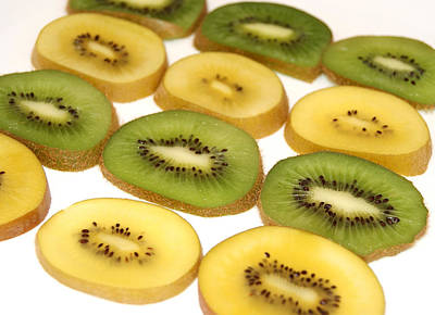 Photograph - Fresh Sliced Kiwi Fruit by Blanchi Costela