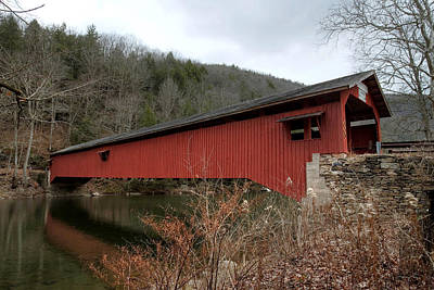 Photograph - Freshly Rejuvenated Hillsgrove Covered Bridge by Gene Walls
