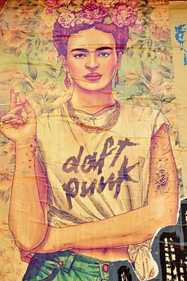 Frida Daft Punk Art Print by Gizem Guvenc