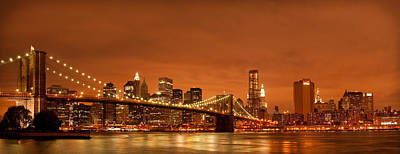 From Brooklyn To Manhattan Print by Andreas Freund