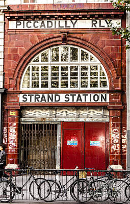 Front To The Disused Strand Underground Station On The Piccadill Art Print
