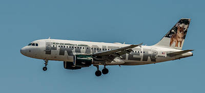 Frontier Airlines 737 Art Print by Paul Freidlund