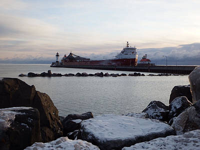 Duluth Photograph - Frosty Morning by Alison Gimpel