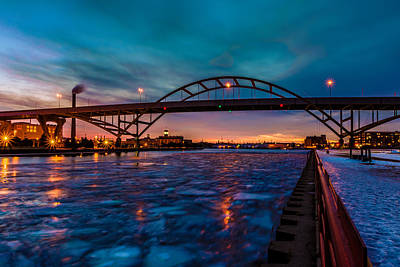 Photograph - Frozen Hoan Bridge by Randy Scherkenbach