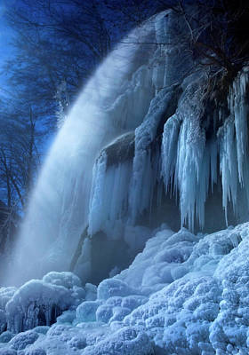 Frozen Photograph - Frozen In The Moonlight by Franz Schumacher