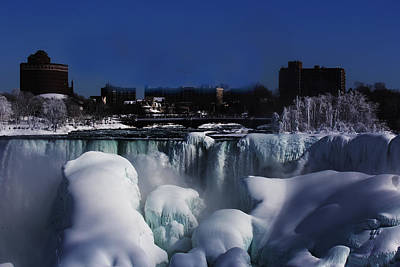 Photograph - Frozen Niagra Falls by Jerome Lynch