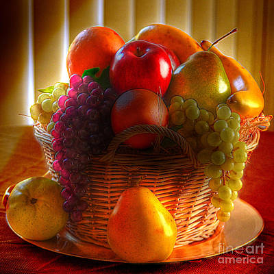 Photograph - Fruit Basket by Kathy Baccari