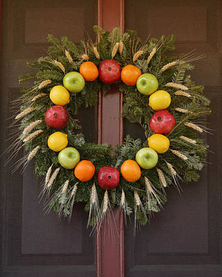 Photograph - Fruit Wreath by Pete Federico