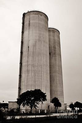 Photograph - Ft. Pierce Silos by Lynda Dawson-Youngclaus