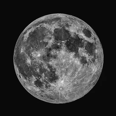 Photograph - Full Moon by Erwin Spinner
