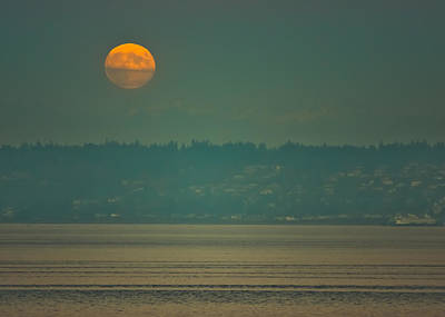 Photograph - Full Moon Rises by Ronda Broatch