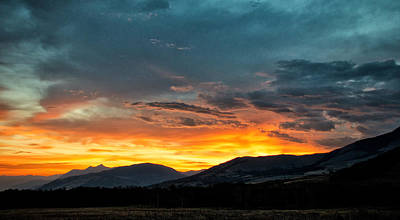 Photograph - Gallatin Mountain Sunrise by Linda Shannon Morgan