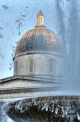 Photograph - Gallery Dome And Trafalgar Fountain by Deborah Smolinske