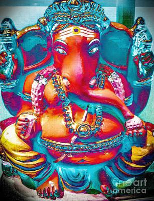 Photograph - Ganesh by Derek Selander