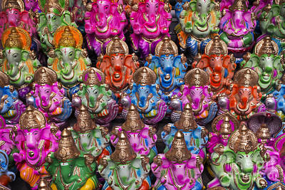 Hinduism Photograph - Ganesha Statue Pattern by Tim Gainey
