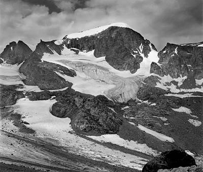 Photograph - 509427-bw-gannett Peak And Gooseneck Glacier, Wind Rivers by Ed  Cooper Photography