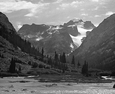 Photograph - 509417-bw-gannett Peak Seen From Dinwoody Creek by Ed  Cooper Photography