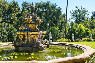 Garden Fountain - Iconic Fountain At The Huntington Library And Botanical Ga Art Print