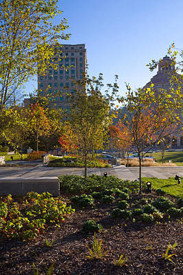 Photograph - Gardens In Downtown Asheville by Melinda Fawver