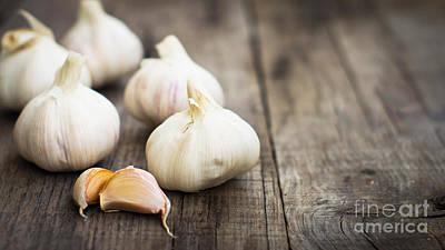 Peppercorns Photograph - Garlic Cloves by Aged Pixel