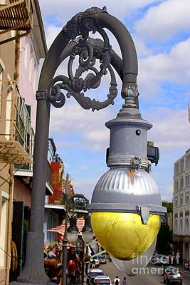 Photograph - Gas Lamp by Ed Weidman