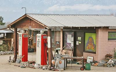 Photograph - Gas Station by Marilyn Diaz
