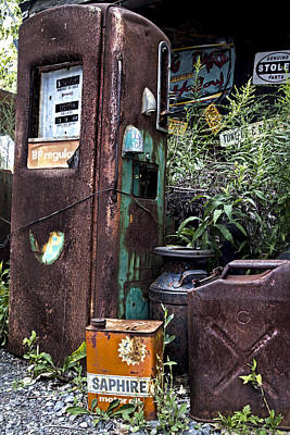 Gas Pump Wall Art - Photograph - Gassed by Peter Chilelli